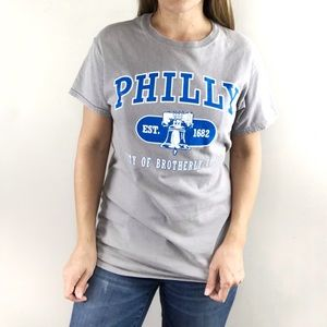 PHILLY City of Brotherly Love gray graphic tee S
